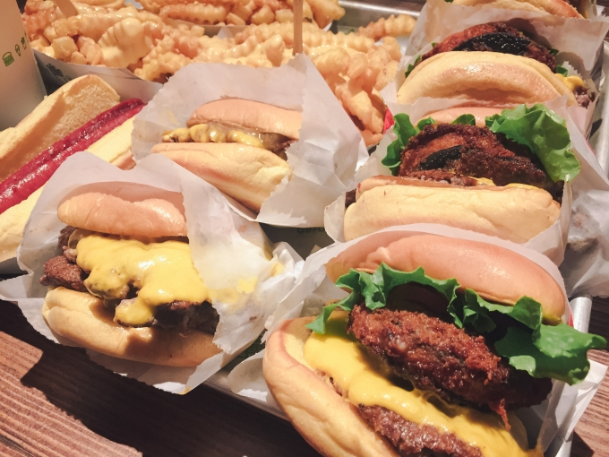 Yup, we managed to hit Shake Shack right before heading to the airport